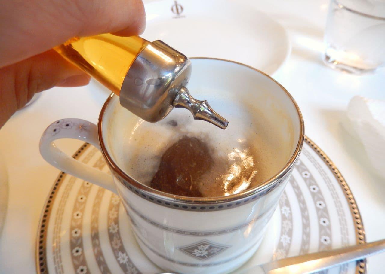 鎌倉イワタコーヒーのウィンナーコーヒー「もくれん」