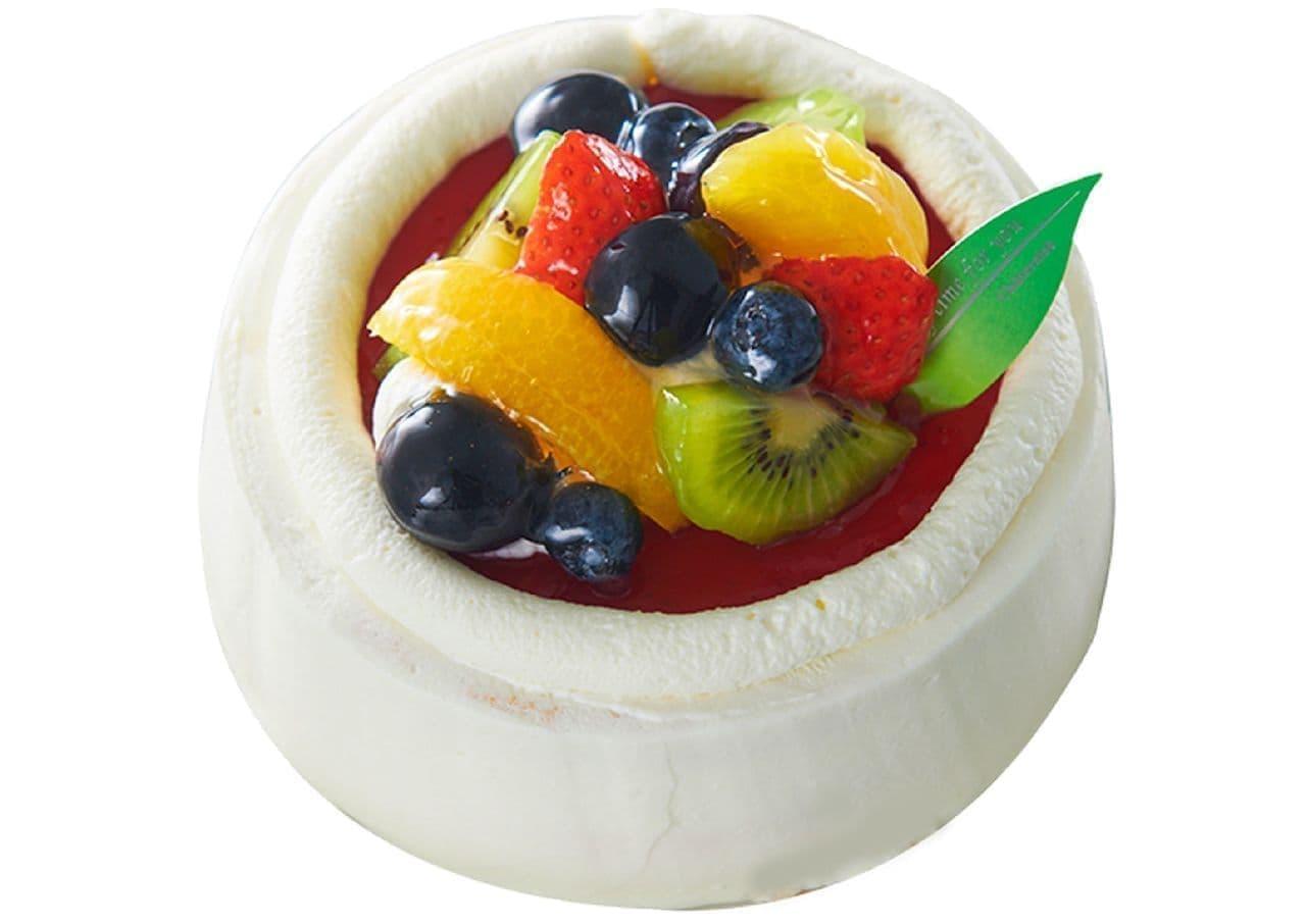 シャトレーゼ「苺とフルーツのスフレチーズデコレーション」