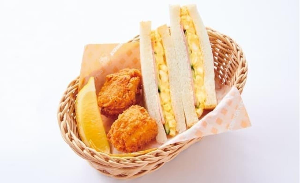 コメダ珈琲店のお子様メニュー「ミニコメバスケット」