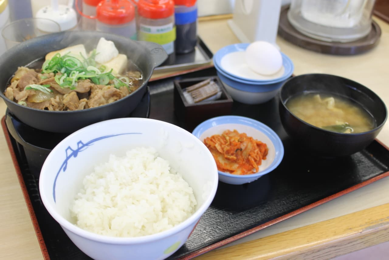 松屋の季節メニュー「お肉たっぷり牛鍋膳」