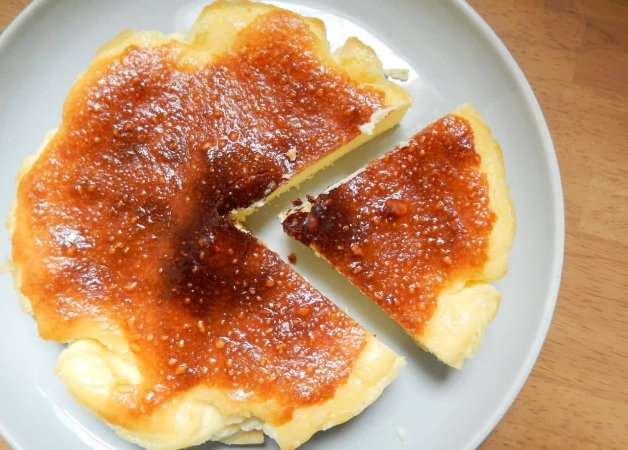 「バスクチーズケーキ」の簡単レシピ