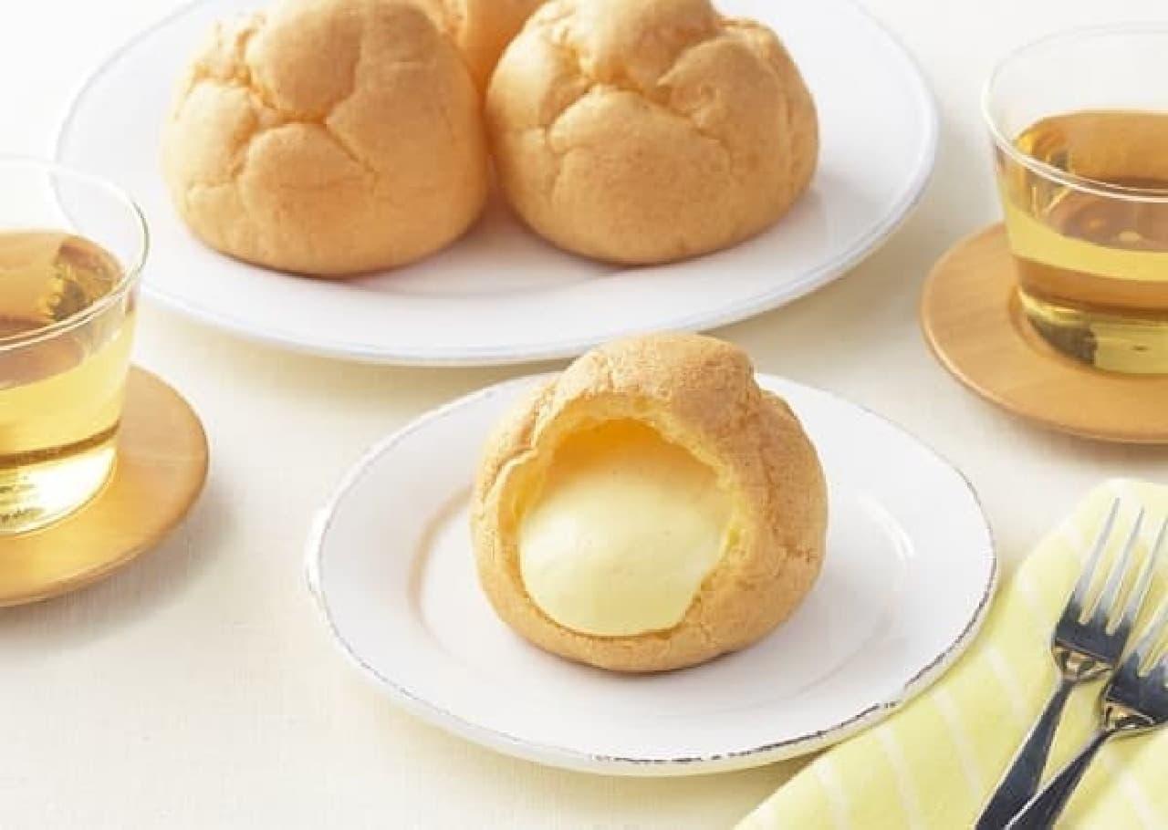 銀座コージーコーナー「ジャンボシュークリーム」