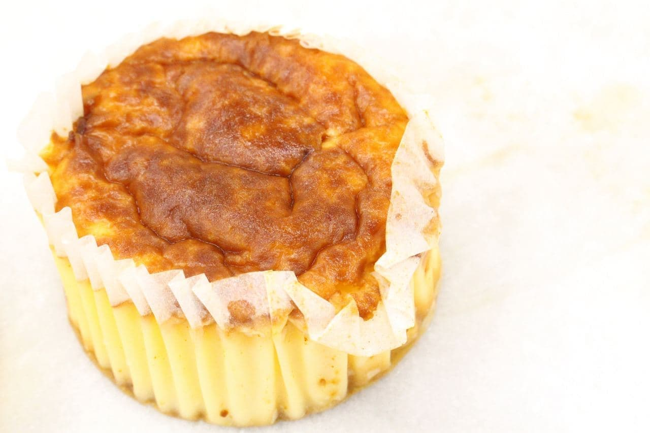 ローソンの「バスチー バスク風チーズケーキ」