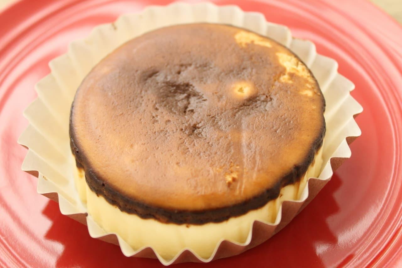紀ノ国屋の「バスク風チーズケーキ」