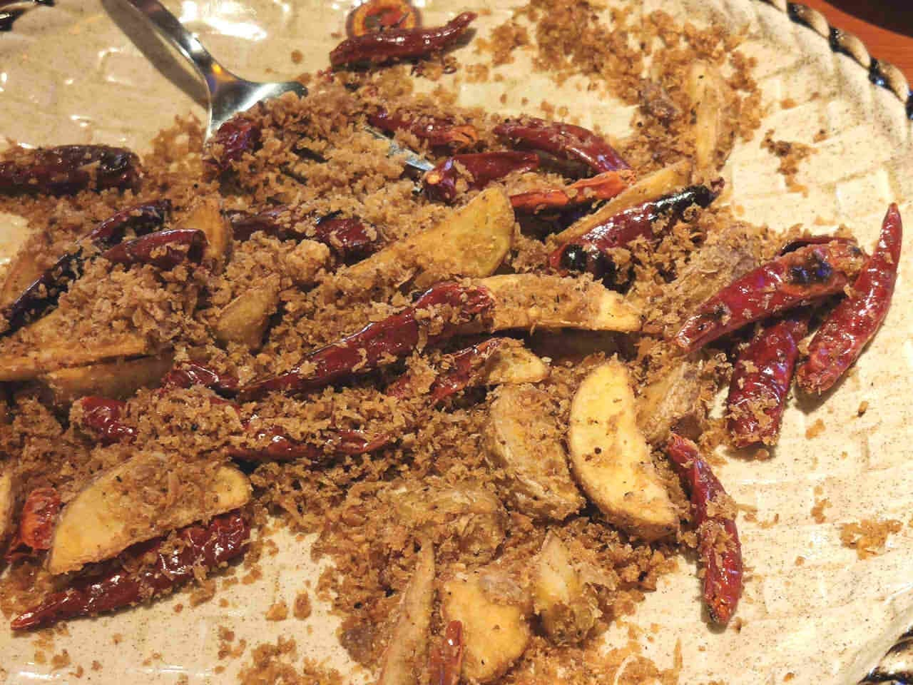 中国茶房8のゴビ砂漠スペアリブ