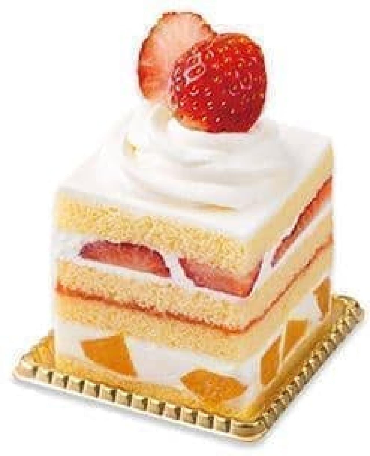 不二家洋菓子店「苺とフルーツのスクエアショート」