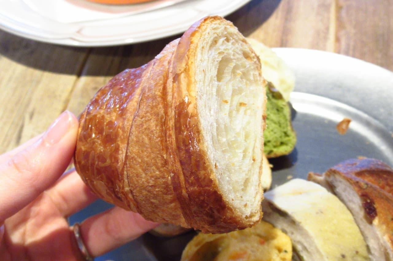 メゾンカイザーTableのパン食べ放題