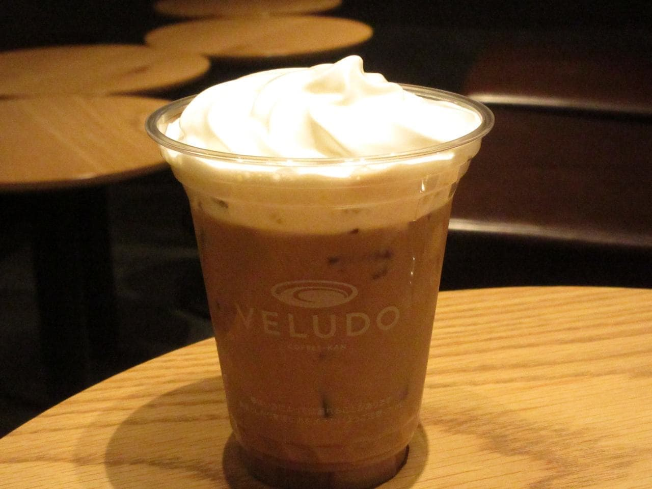渋谷「ヴェルードコーヒーカン」の「VELUDOカフェオレ(ホット/アイス)」