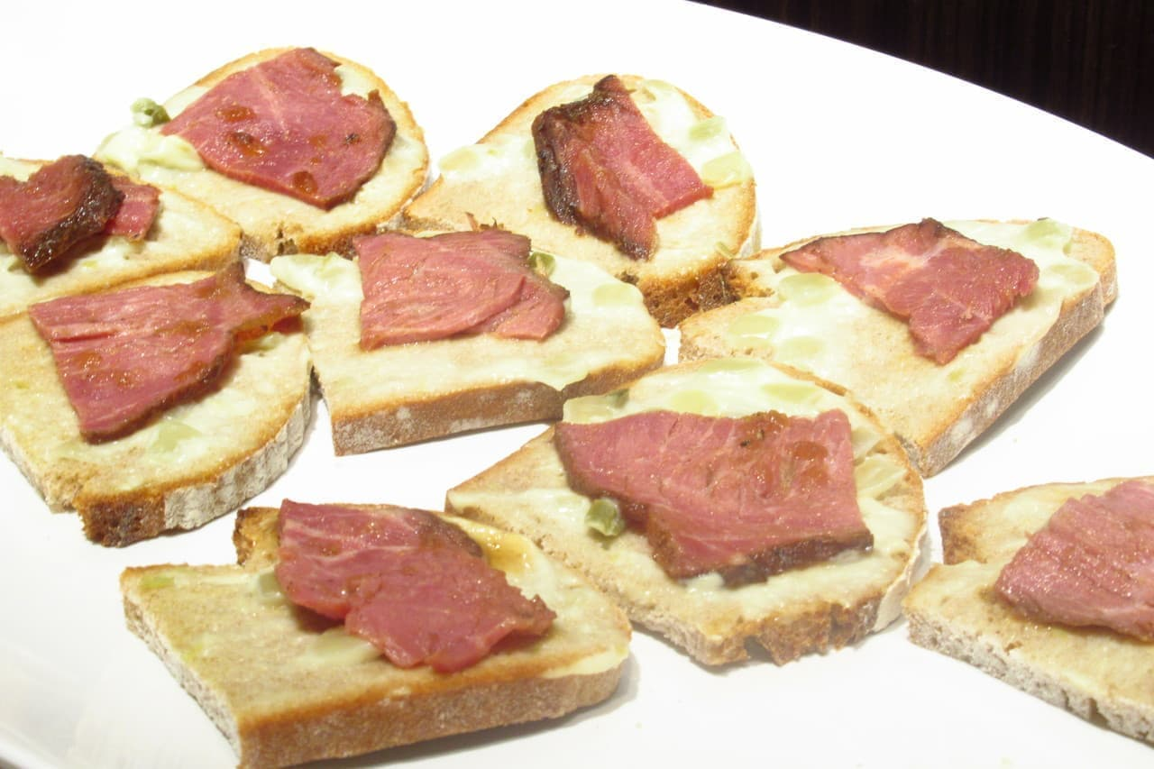 サンドッグイン神戸屋パン食べ放題