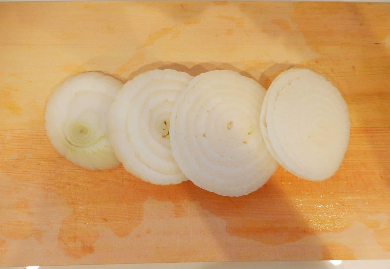 「新玉ねぎのガーリックバターステーキ」簡単レシピ