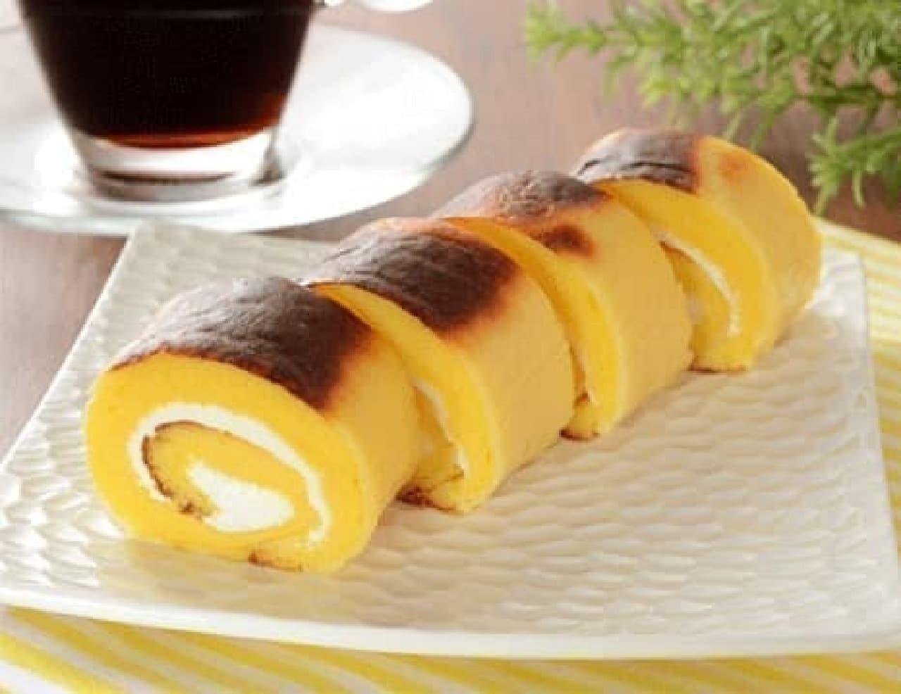ローソンの「焼チーズケーキロール 4個入」
