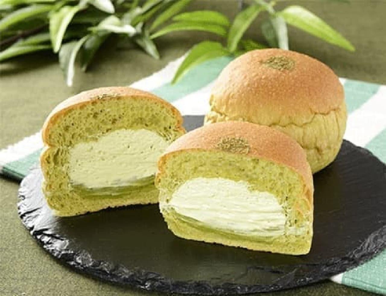 ローソンの「NL 大麦の抹茶ホイップパン」
