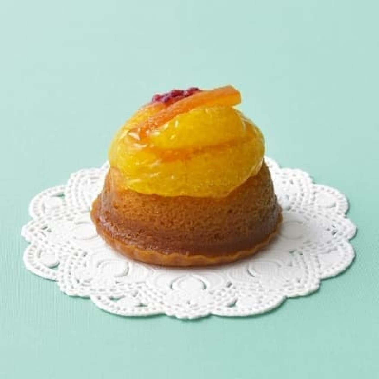 銀座コージーコーナー「サバラン風ケーキ」
