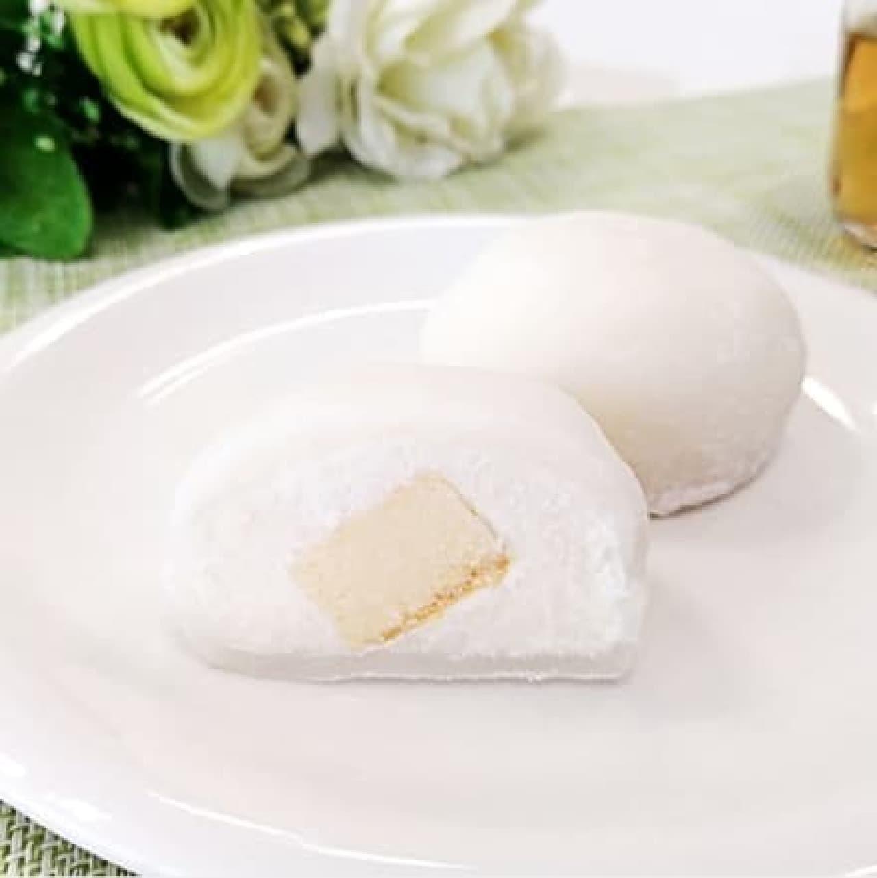 ファミリーマート「ダブルチーズケーキ大福」