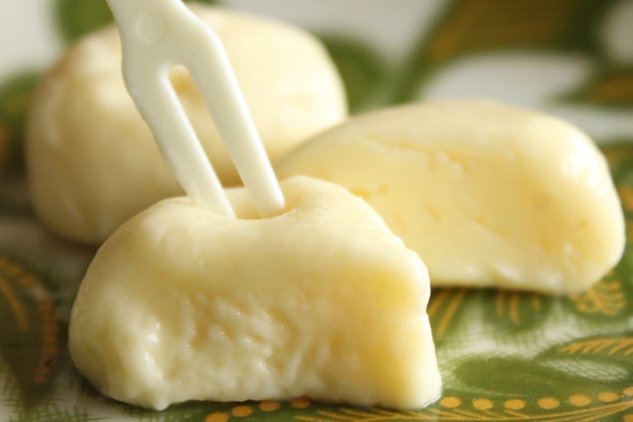 セブン「チーズのような濃厚なひと粒おもチー」