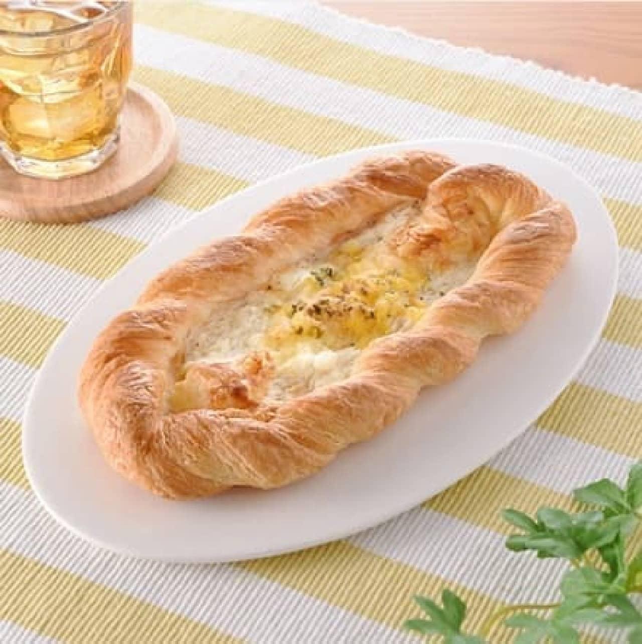 ファミリーマート「ポテトとチーズのデニッシュ」