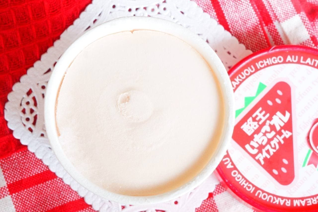 酪王いちごオレアイスクリーム