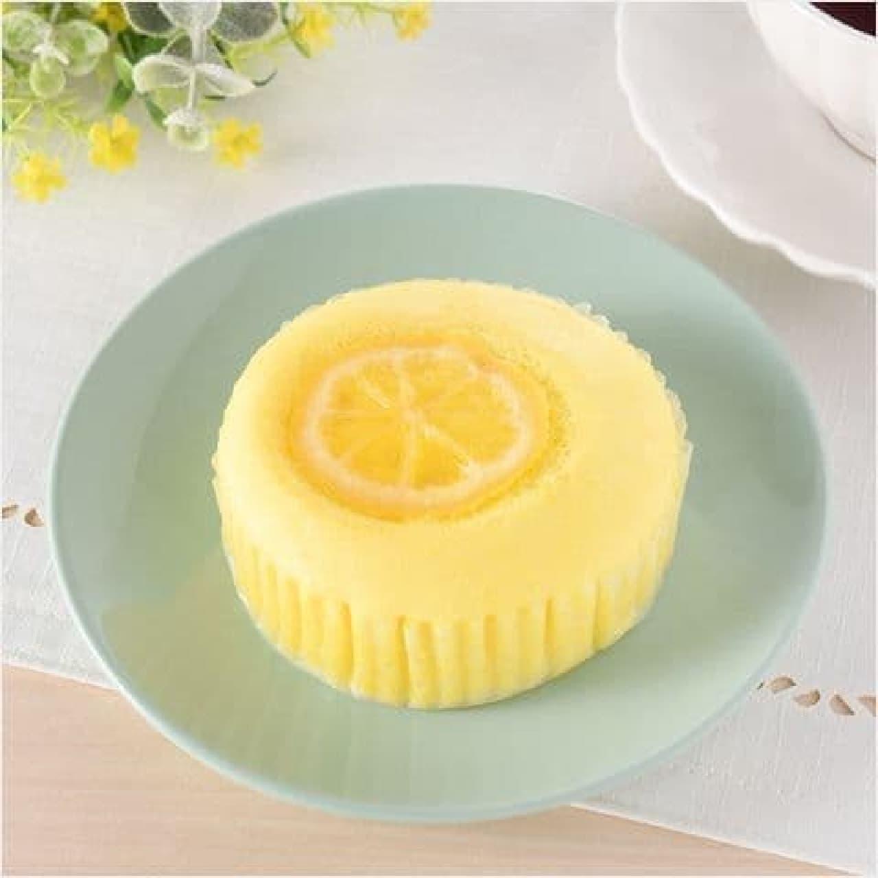 ファミリーマート「レモネード蒸しケーキ」
