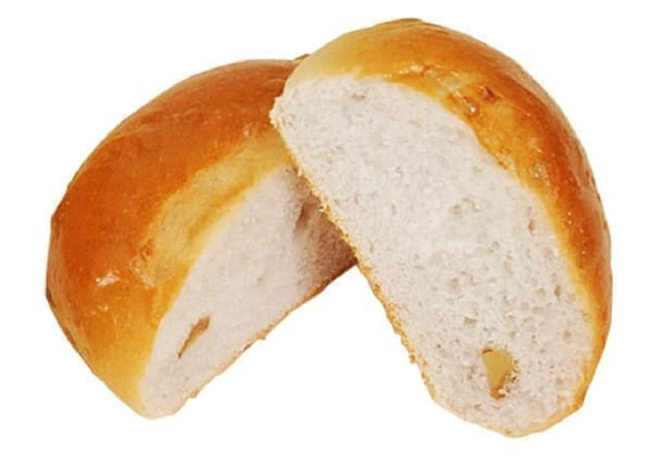 ファミリーマート「くるみパン4個入」