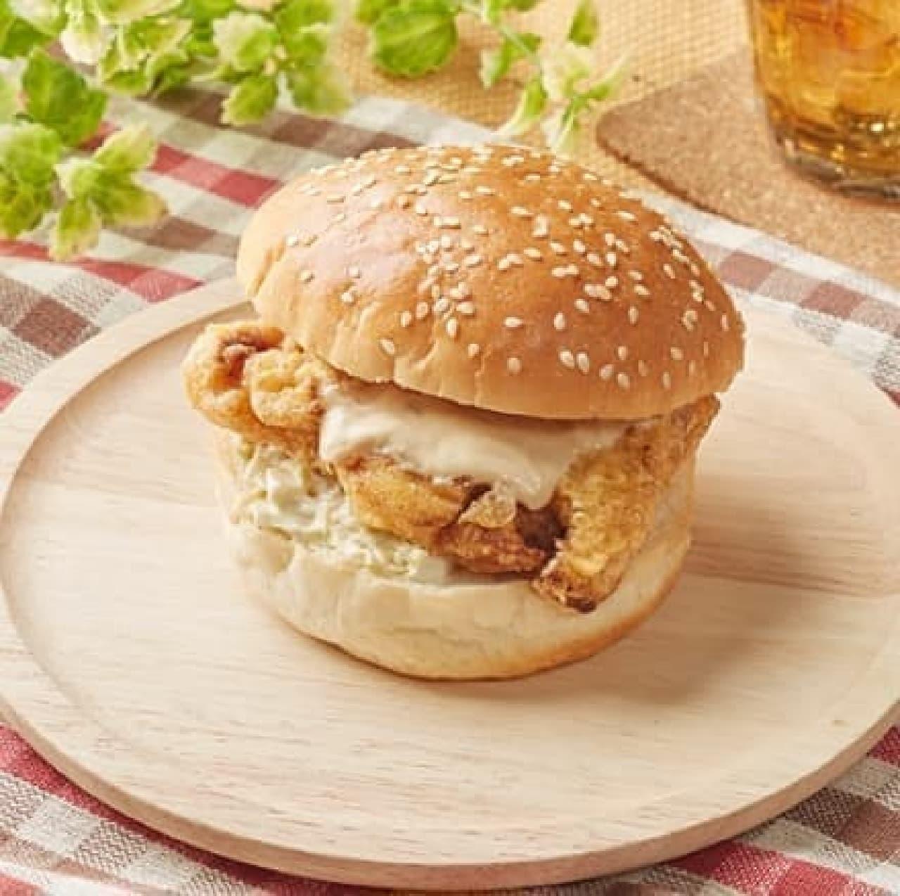 ファミリーマート「鶏タツタバーガー」