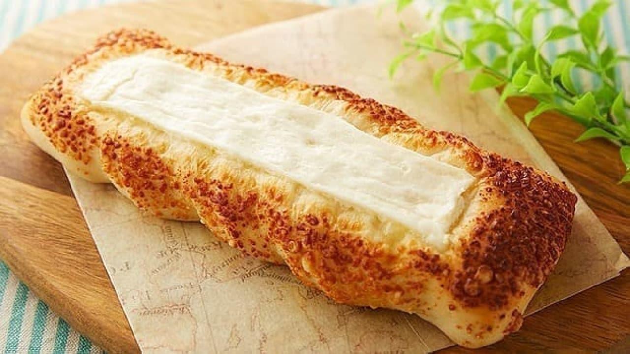 ローソンストア100「VL香ばしいチーズパン」