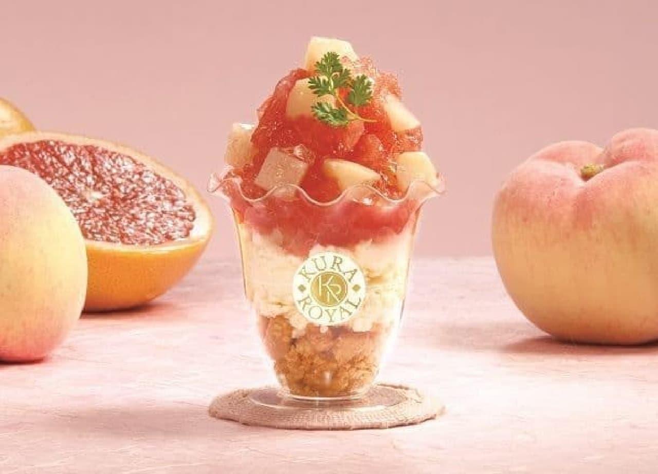 くら寿司「桃とグレープフルーツのレアチーズケーキパフェ」