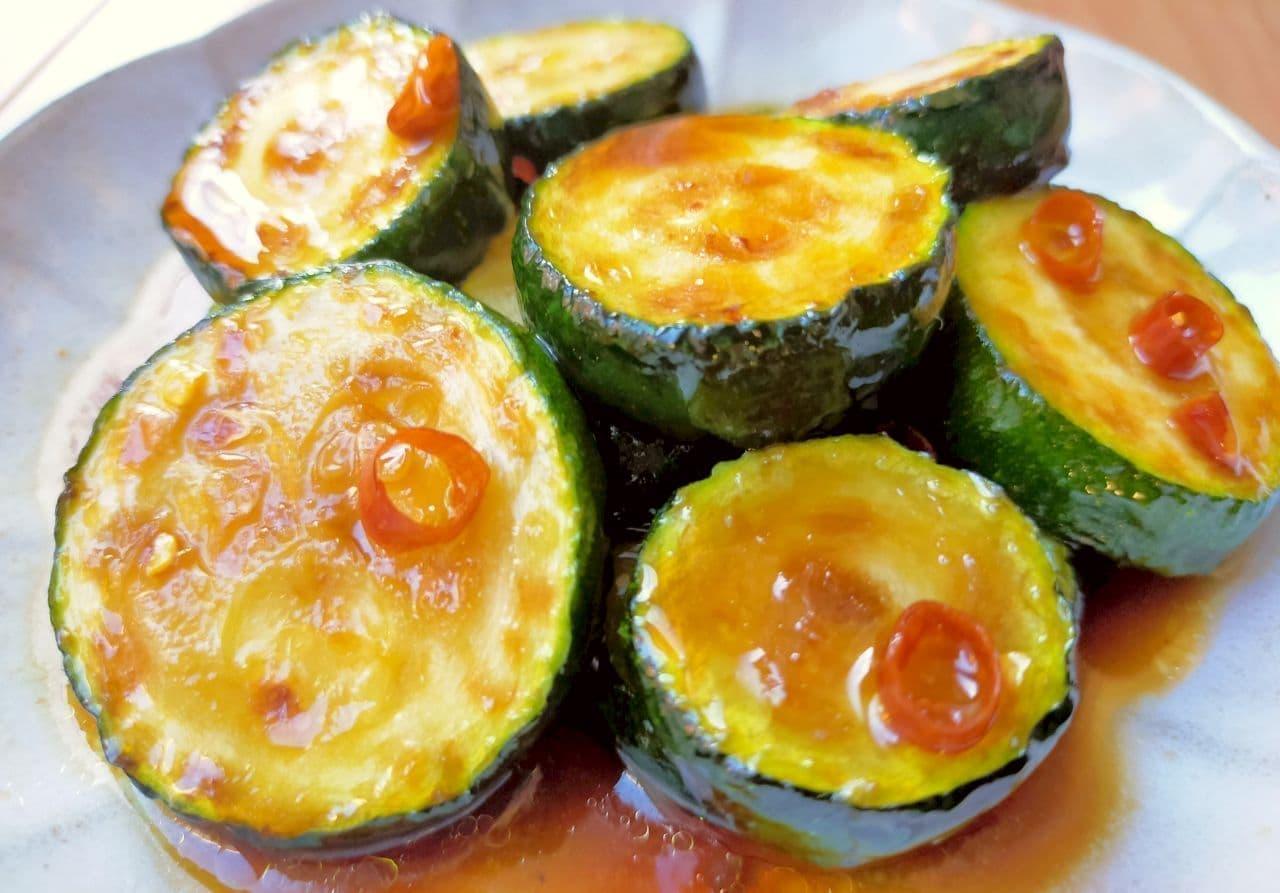 簡単レシピ「ズッキーニの中華風焼きびたし」