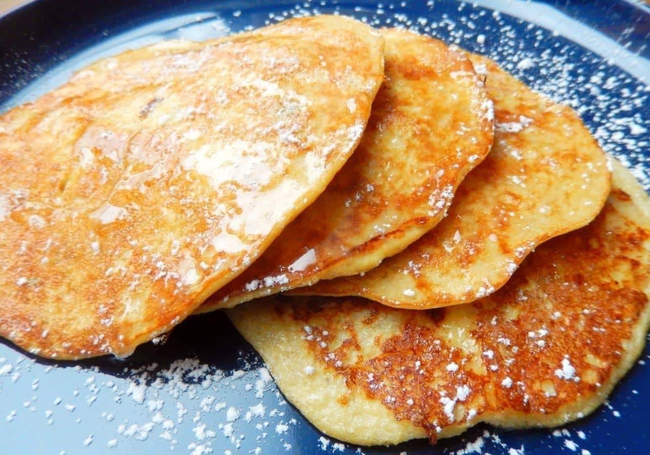 「バナナと卵だけで作れる簡単パンケーキ」のレシピ