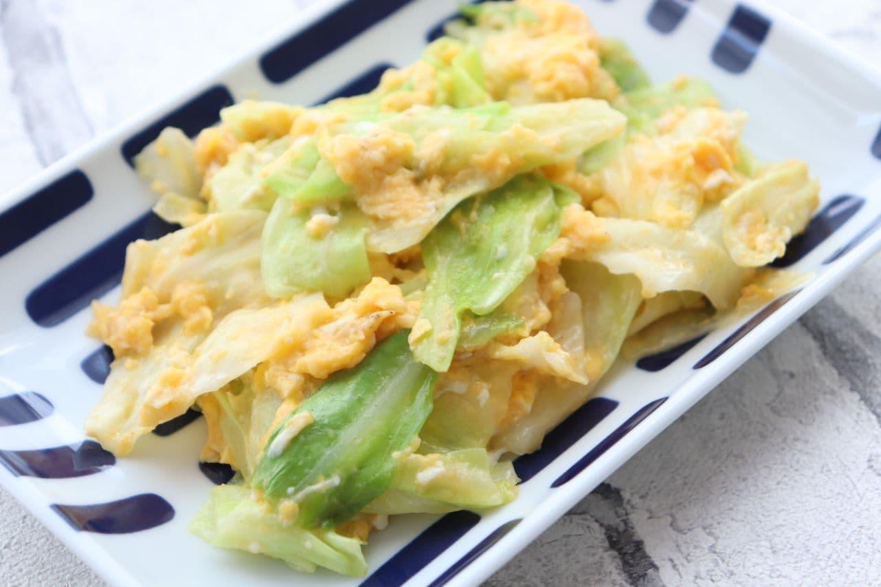 キャベツと卵の中華風