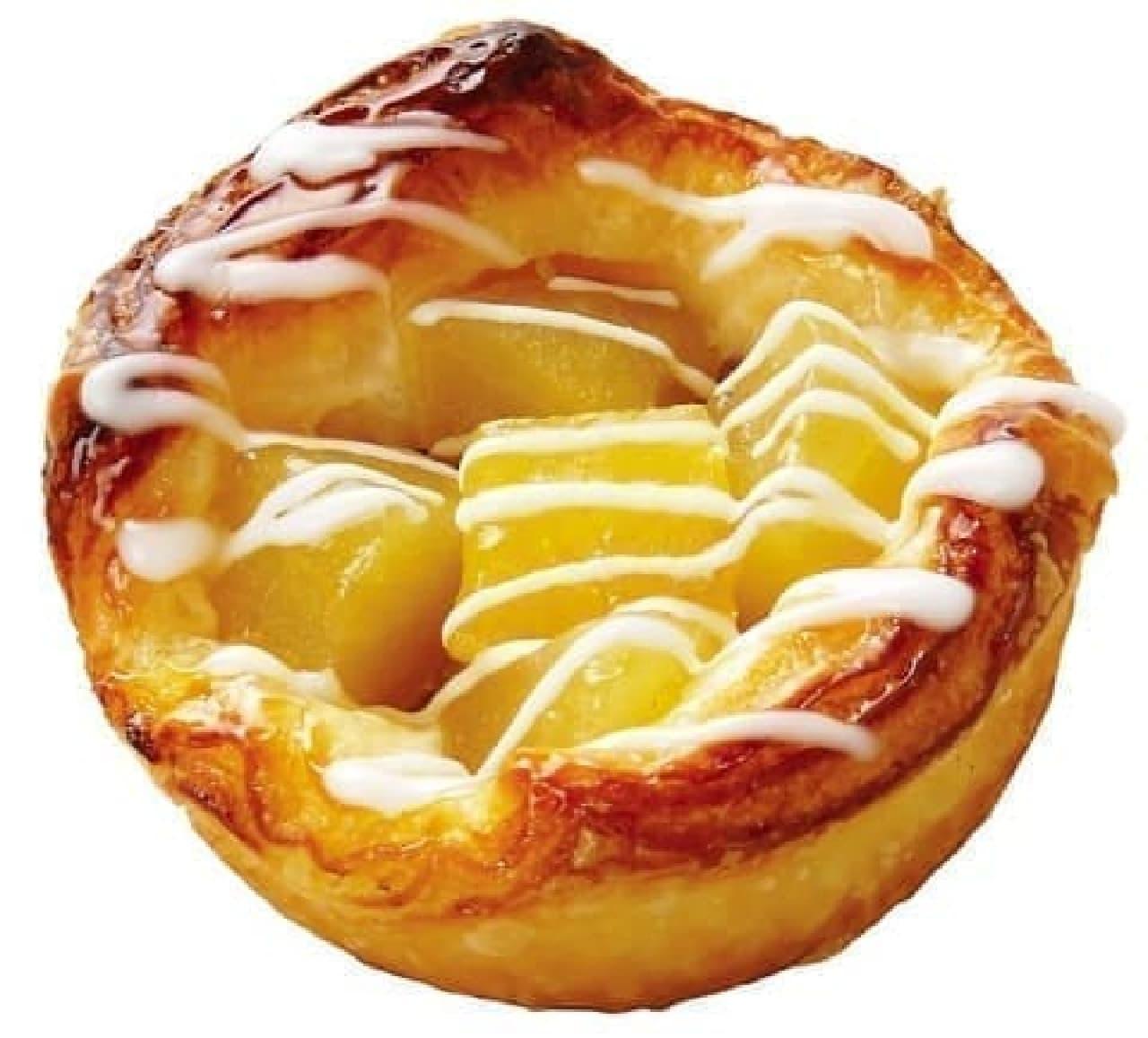 クイーンズベーカリーの「キャラメルりんごのデニッシュ」