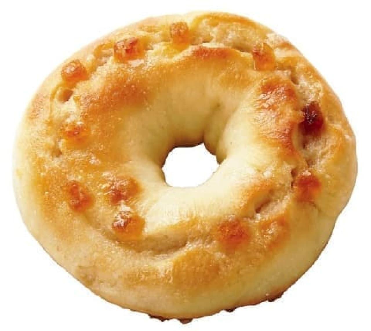 クイーンズベーカリーの「もっちり焼きメープルドーナツ」