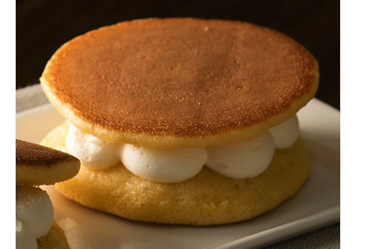 シャトレーゼ「パンケーキ3種のチーズクリーム」