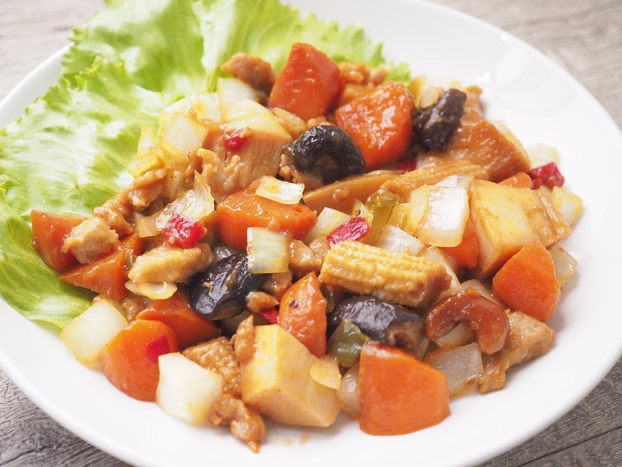 イトーヨーカドー「シェフズレシピ」の「鶏肉とカシューナッツの炒め物」