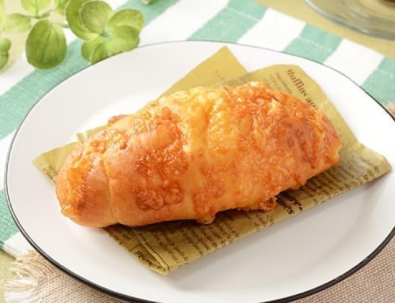 ローソン「マチノパン 塩バターパン トリュフオリーブオイル」