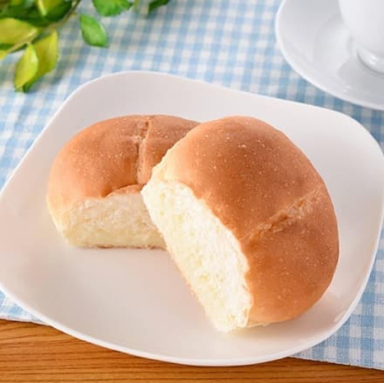 ファミリーマート「しみじゅわ練乳パン」