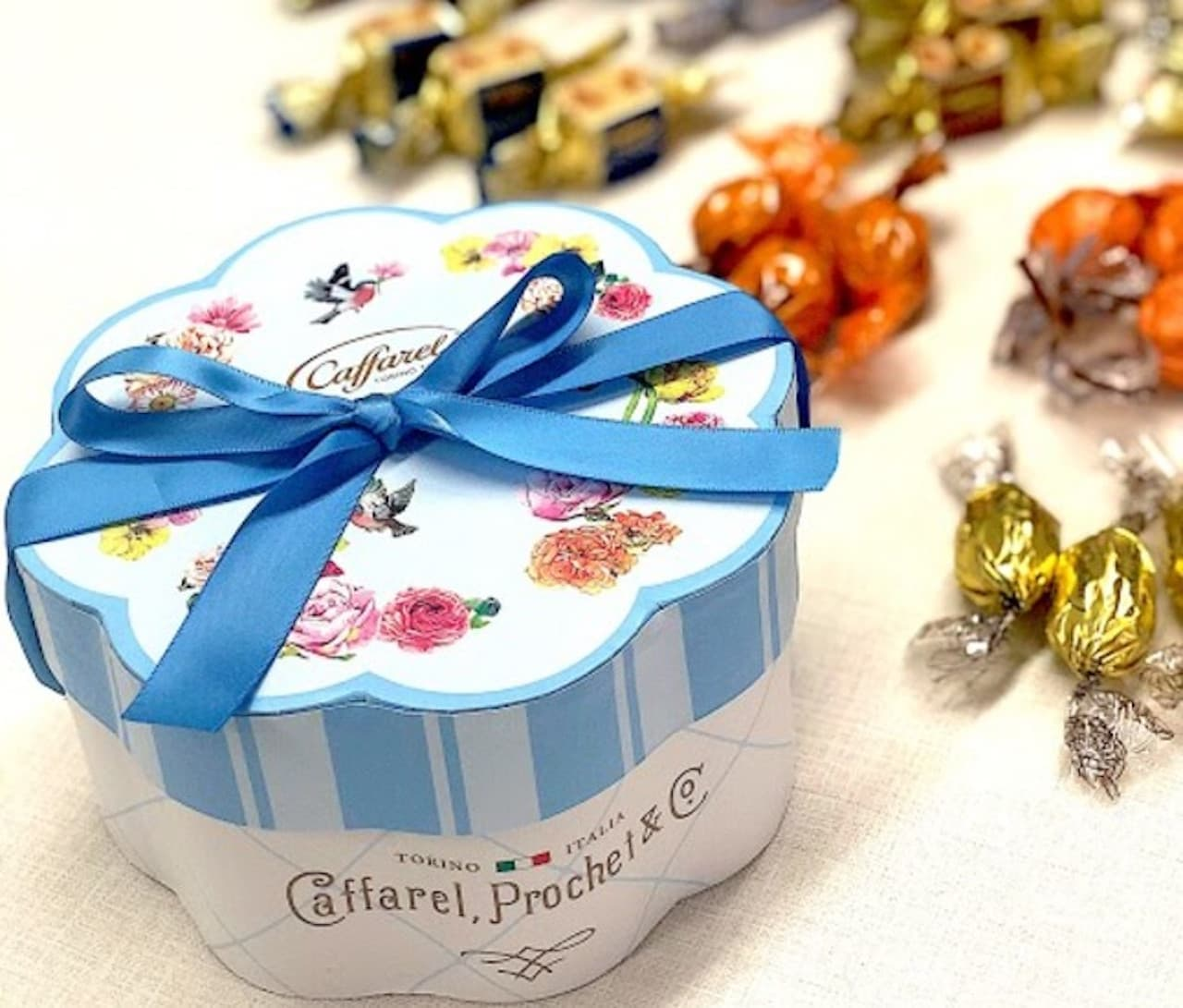 カファレルから花モチーフパッケージが美しいギフトシリーズ