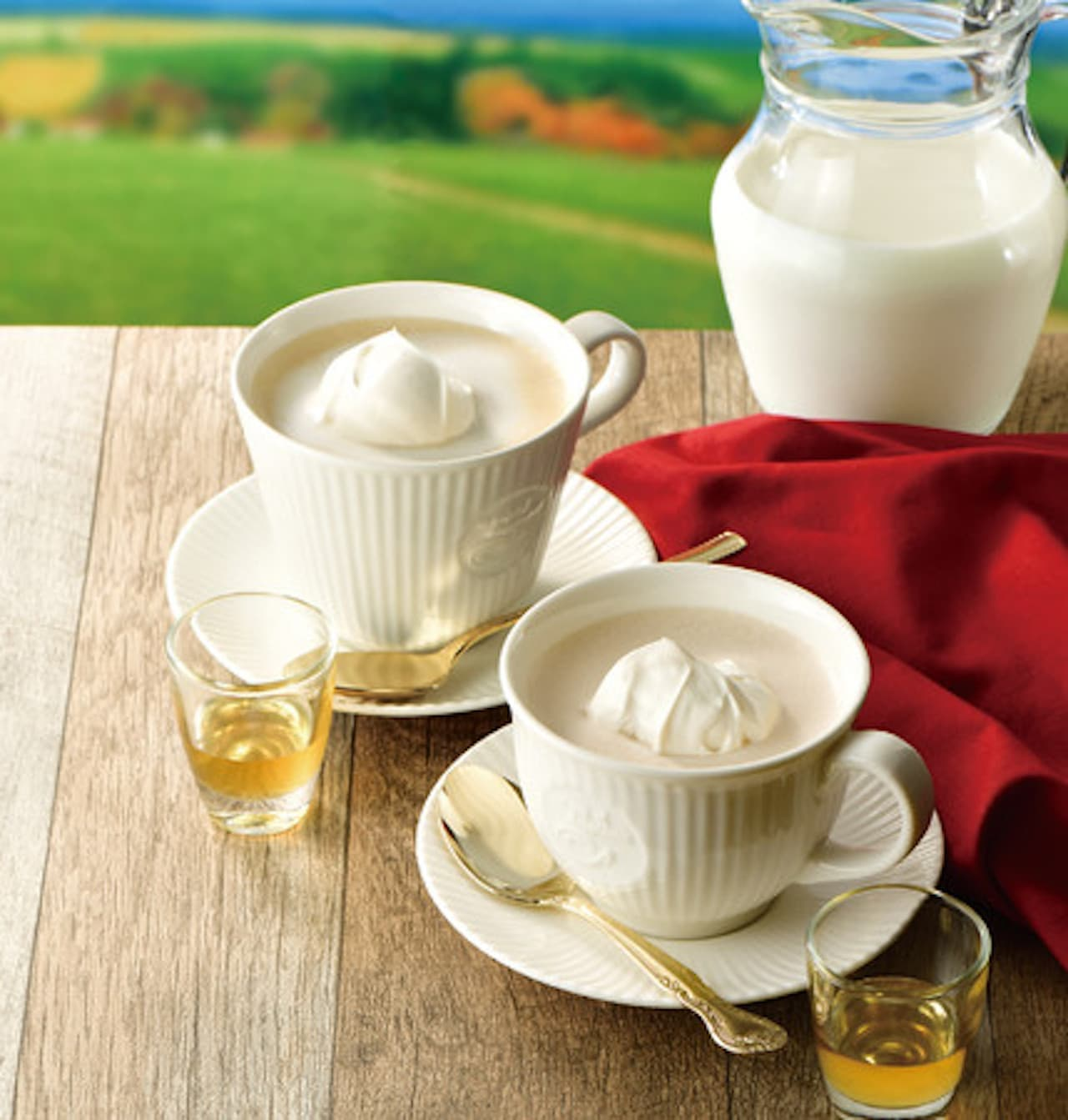 カフェ・ド・クリエから「とろける北海道ミルクコーヒー~はちみつ添え~」