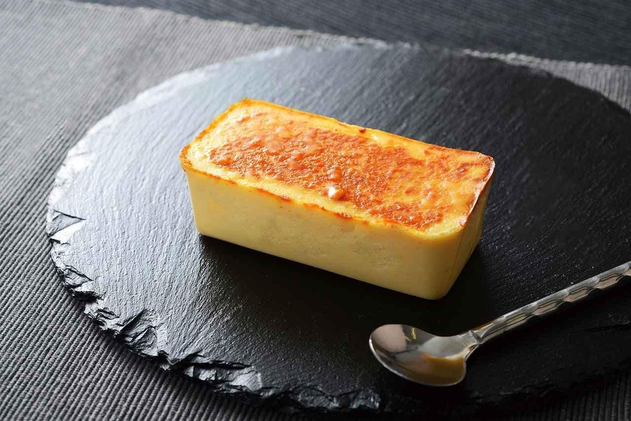 ローソン「ウチカフェスペシャリテ」の「麗溶けチーズテリーヌ」
