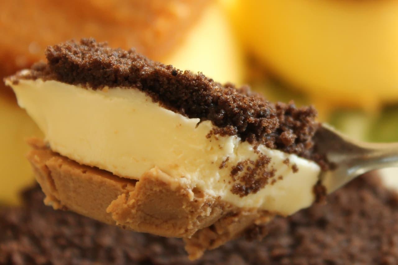 ファミマ「プリン!?なチーズケーキ」「ショコラチーズケーキ」
