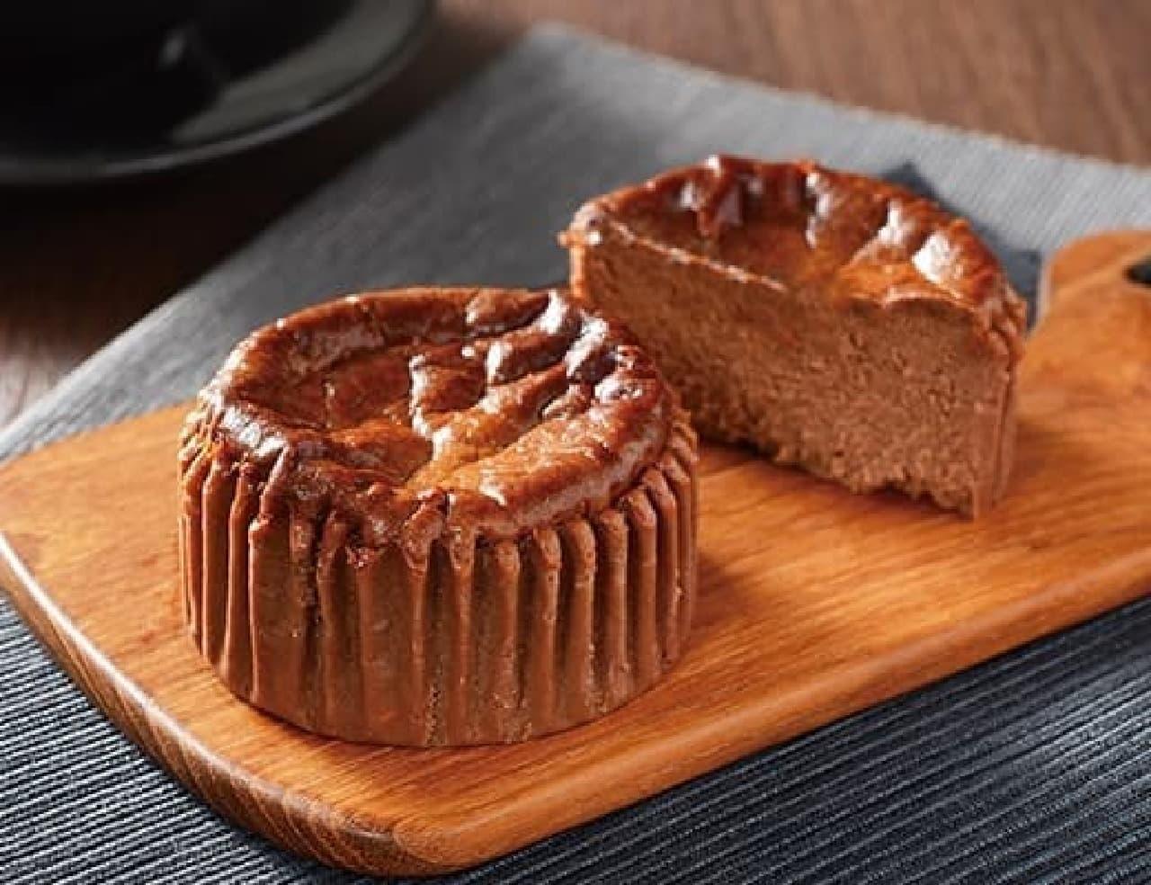 ローソン「バスチー -バスク風ショコラチーズケーキ-」