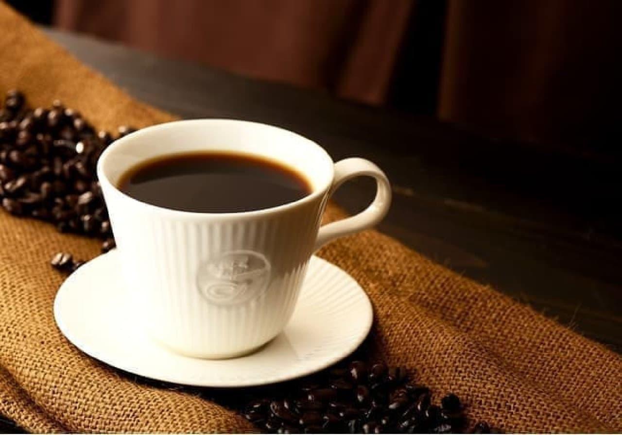 カフェ・ド・クリエ グラン サンシャイン通り店のコーヒー