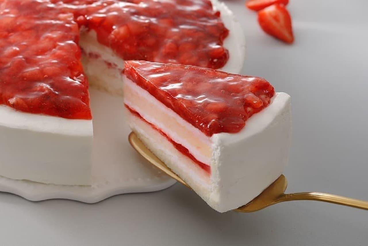 スターバックス「いちごのホワイトケーキ」