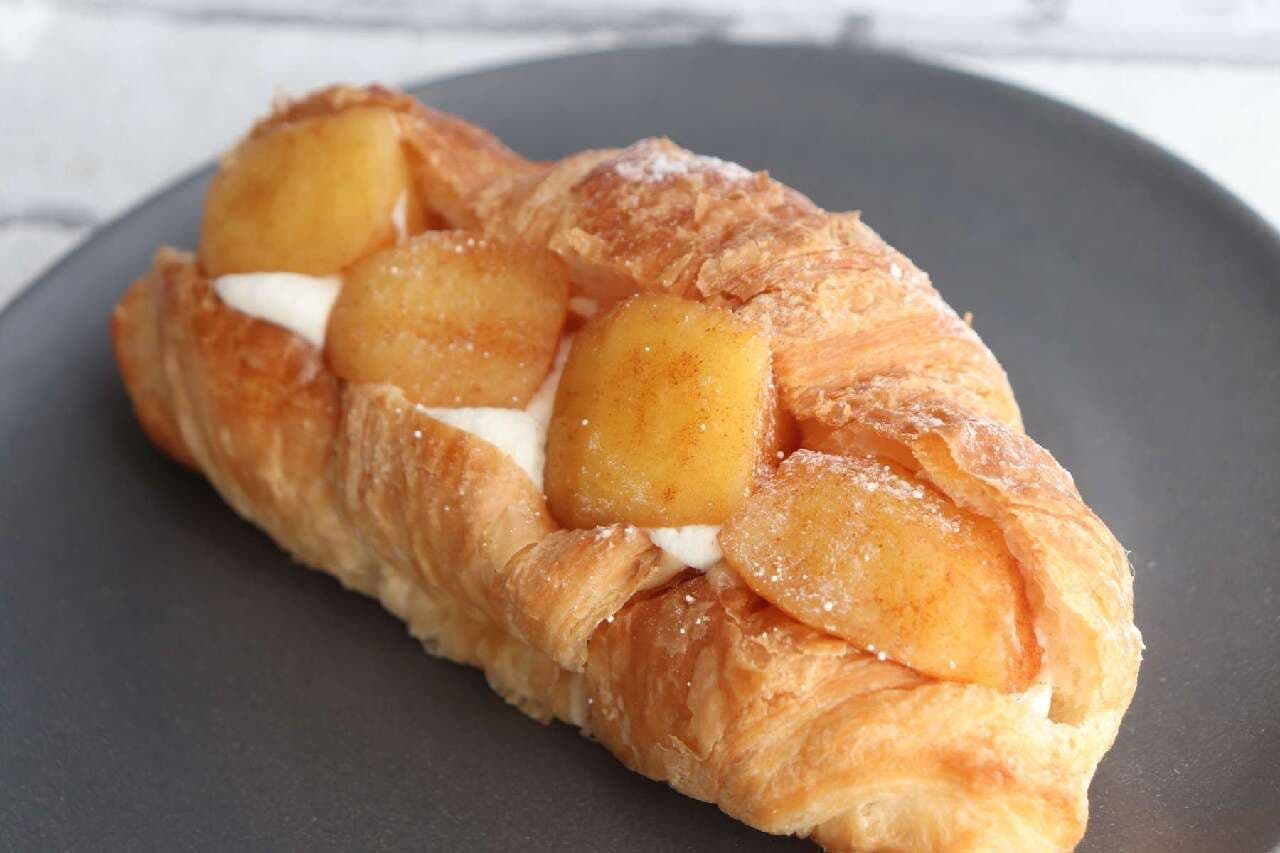 ローソン シャキッと食感の信州産焼りんごのクロワッサン