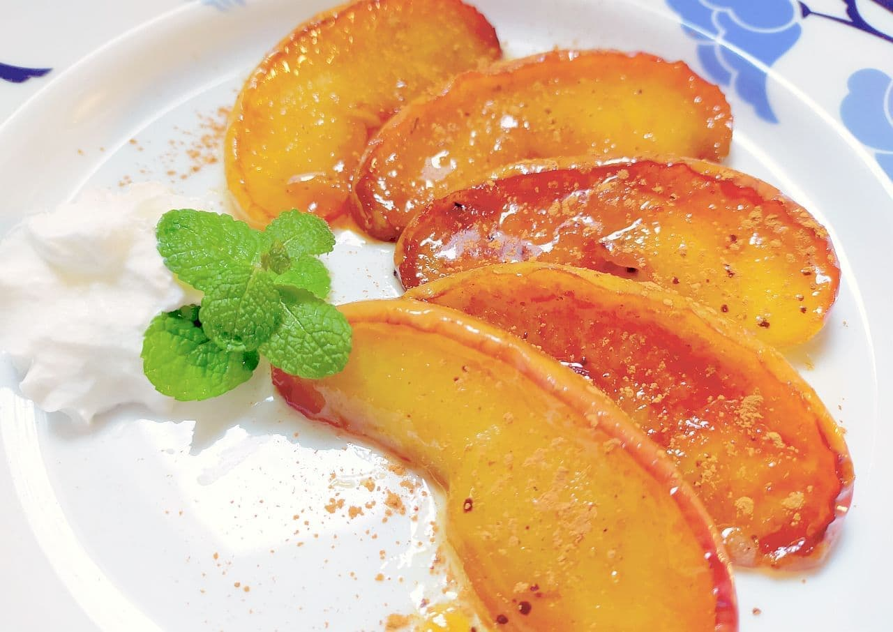 「りんごのカラメルバター焼き」レシピ