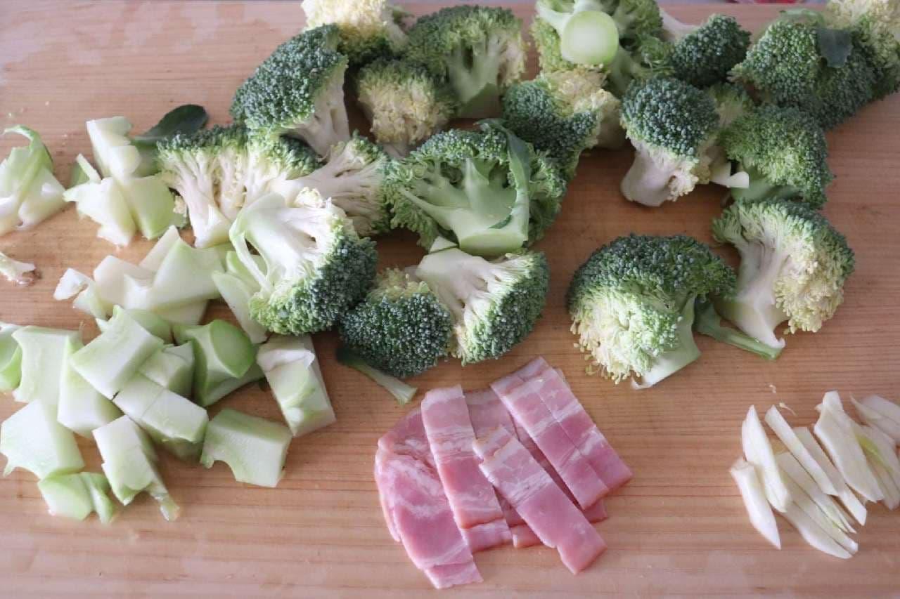 さつまいもとブロッコリーのホットサラダ
