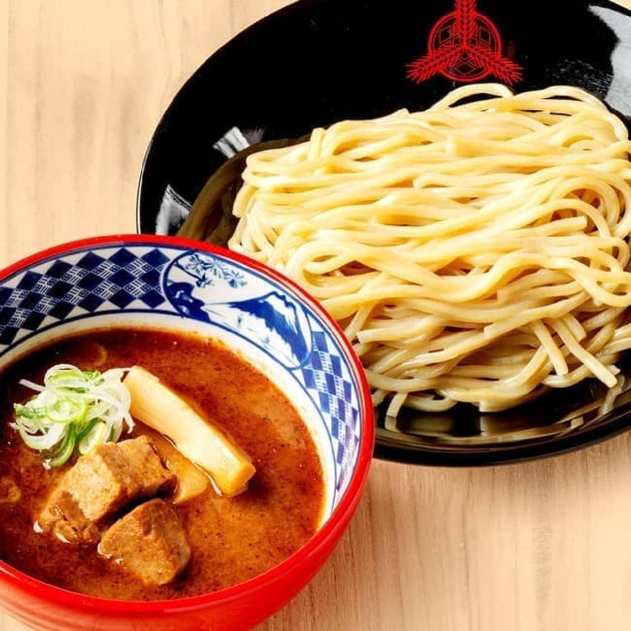 出前 三田製麺所「濃厚豚骨魚介つけ麺」