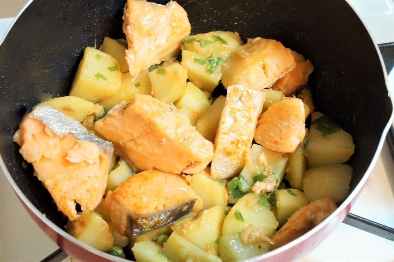鮭のじゃがバター醤油炒め