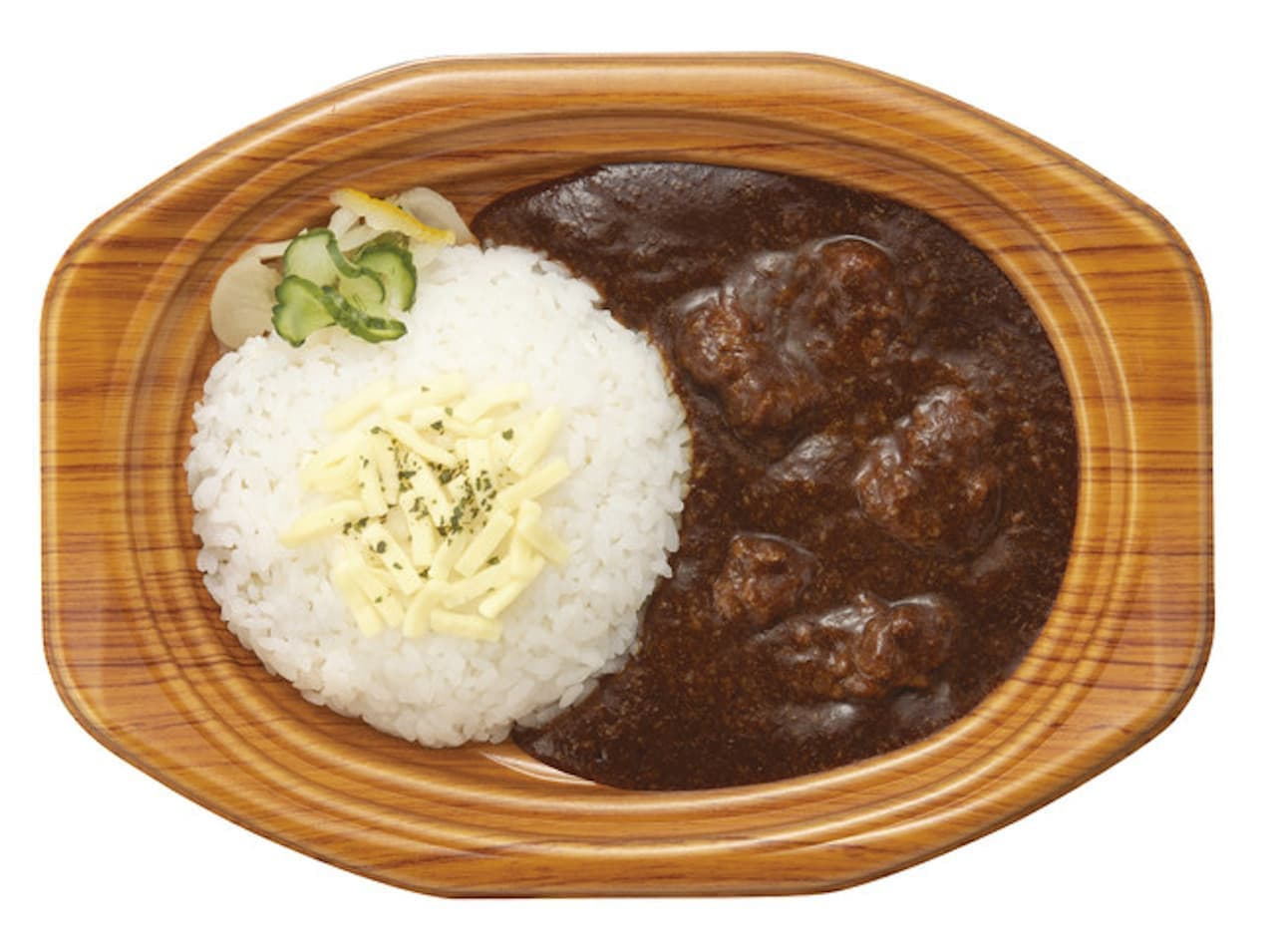 ファミマ「やわらかビーフと野菜とけこむ コクが自慢の欧風カレー」