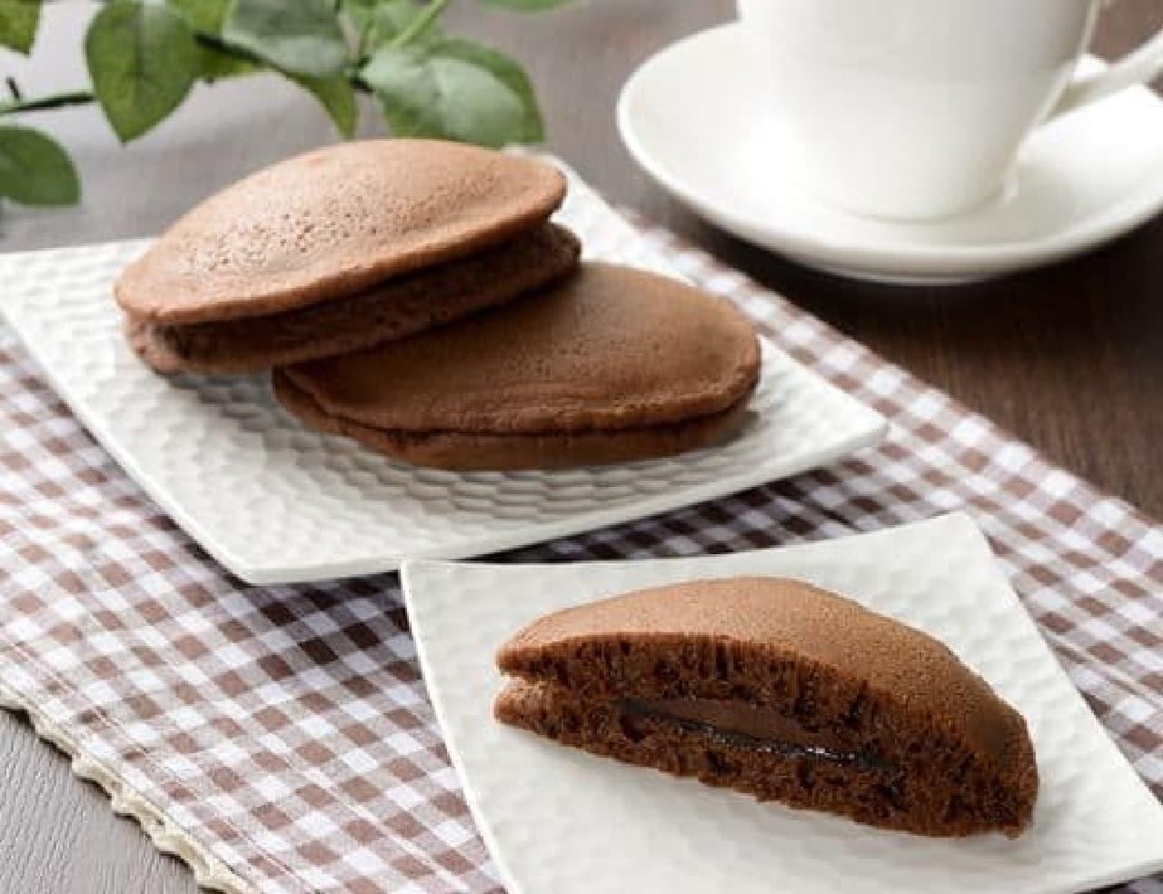 ローソン「チョコのもちっとパンケーキ 2個入」