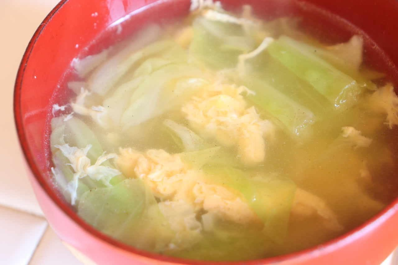 炒めキャベツの香ばしスープ